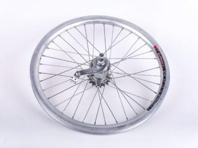 "Zapletené koleso na bicykel 20"" AERO torpédo"